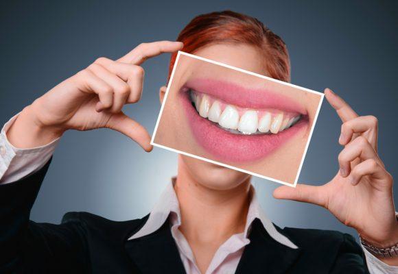 Sei completamente soddisfatto del tuo sorriso? Vuoi cambiare qualcosa dal punto di vista estetico?
