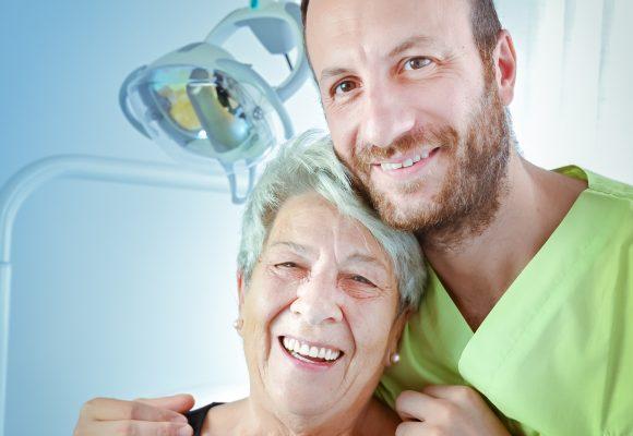 Check up della salute dentale: specialisti e tecnologie per una diagnosi accurata.